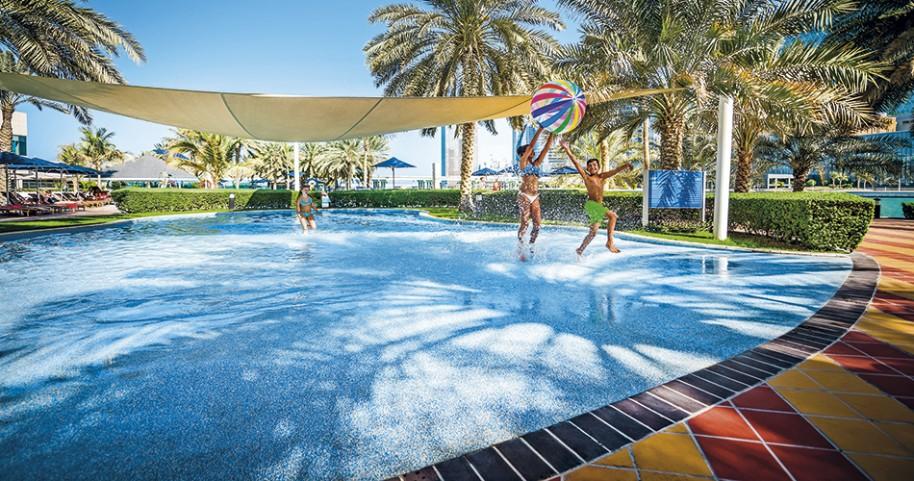Hotel Beach Rotana (fotografie 6)