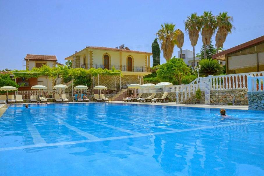 Riverside Garden Resort & Premium Hotel (fotografie 1)