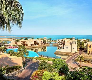 Hotel The Cove Rotana Resort