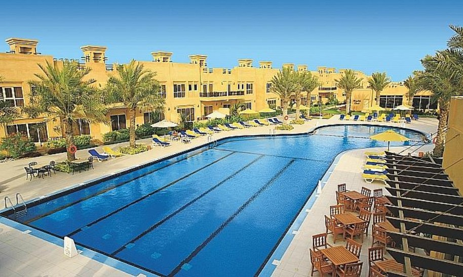 Hotel Al Hamra Village (fotografie 1)
