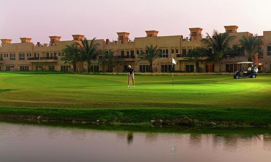 Hotel Al Hamra Village (fotografie 9)