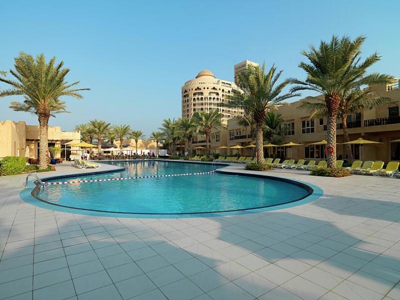 Hotel Al Hamra Village (fotografie 16)