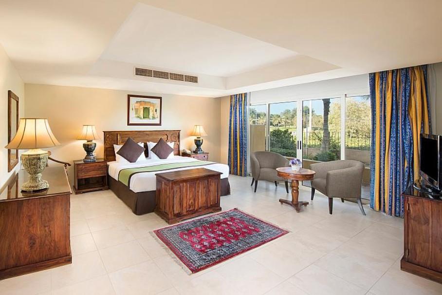 Hotel Al Hamra Village (fotografie 3)