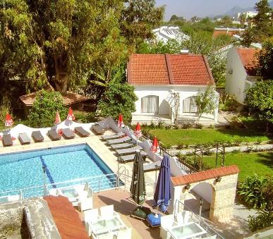 Hotel Rose Gardens Holiday Village