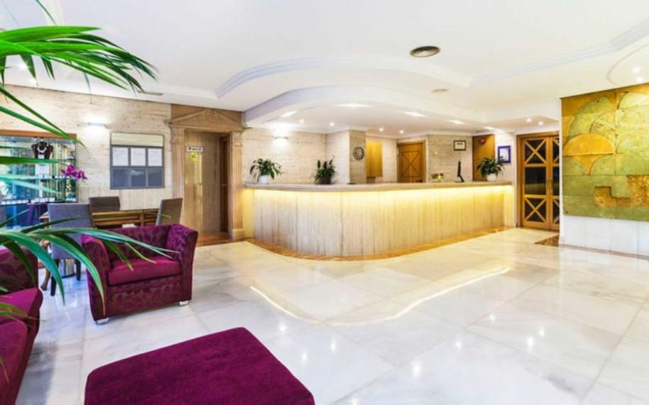 Hotel Globales Palmanova Palace (fotografie 2)