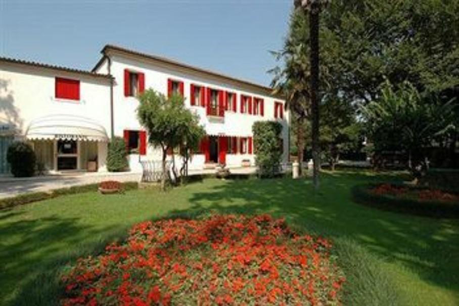 Villa Patriarca (fotografie 1)