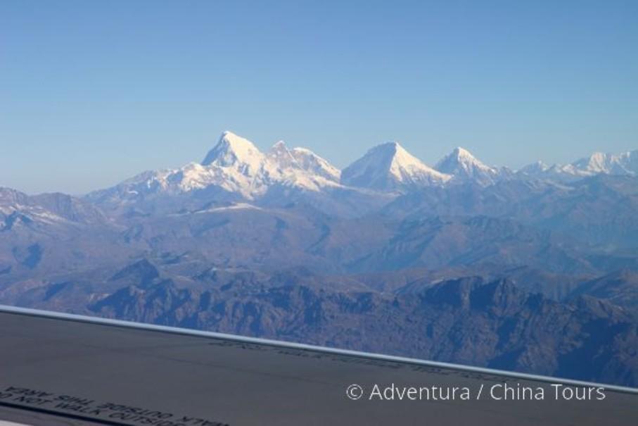 Bhútán s turistikou v zeleném Himálaji (fotografie 10)