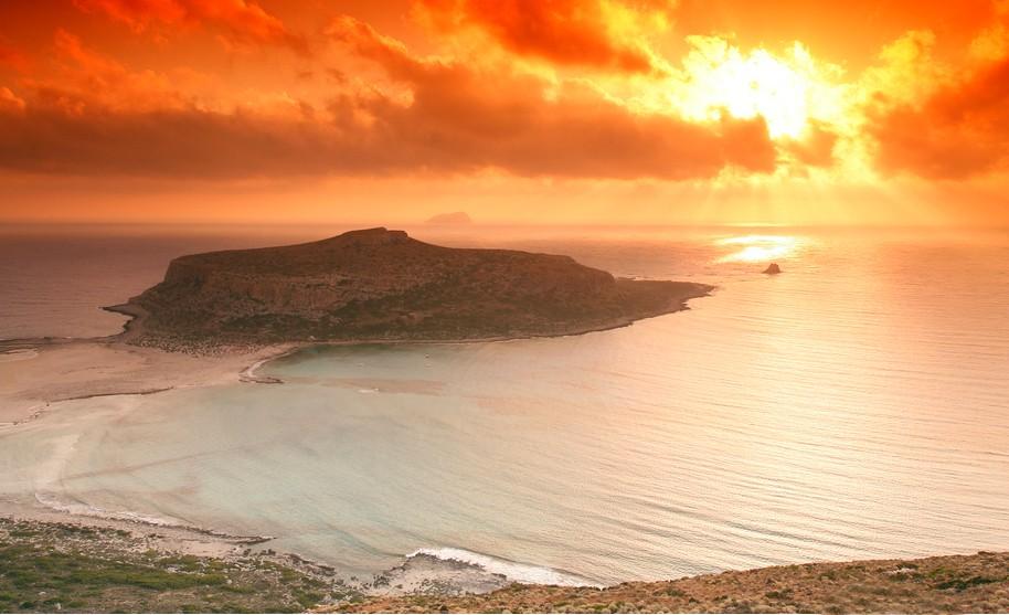 Kréta Gramvousa pláž Balos západ slunce v Řecku