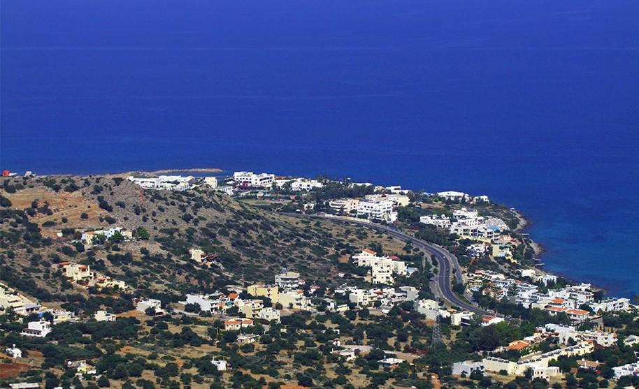 Kréta Analipsi pobřeží letovisko moře bílé domky Řecko