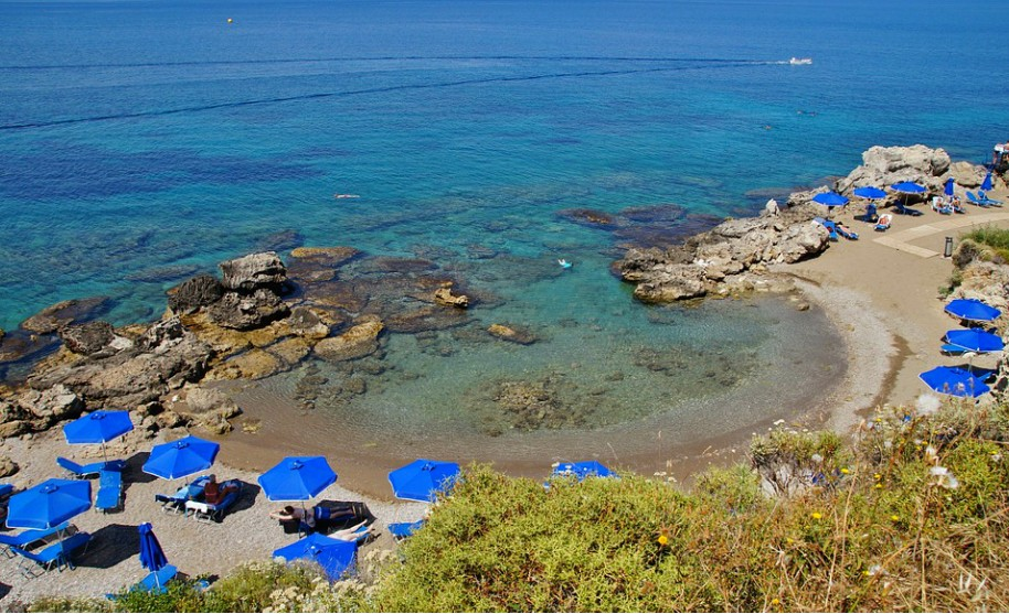 Rhodos Kalithea pláž nedaleko moře slunce Řecko