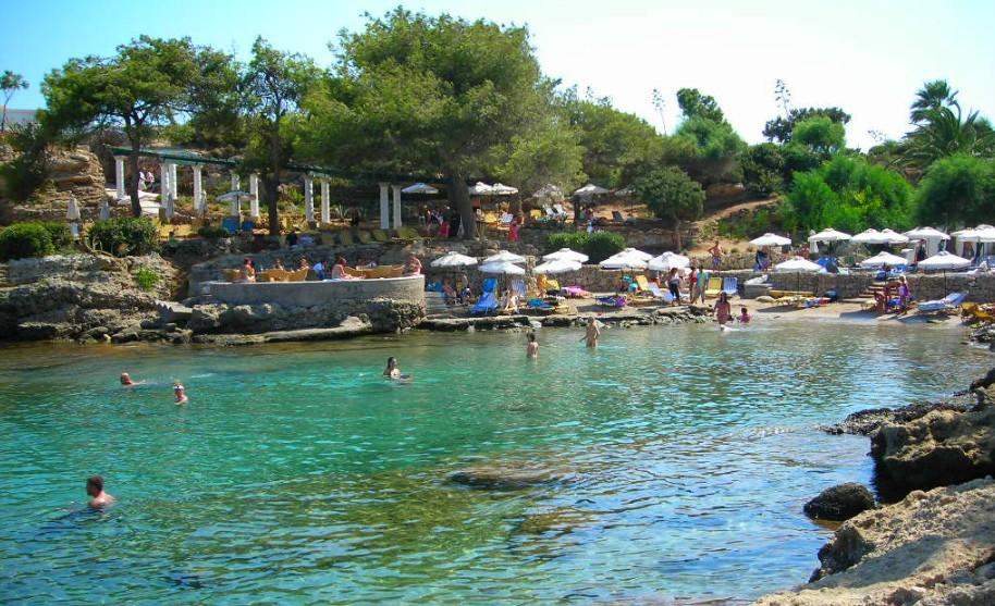 RHodos Kalithea pláž lázně moře slunce voda Řecko