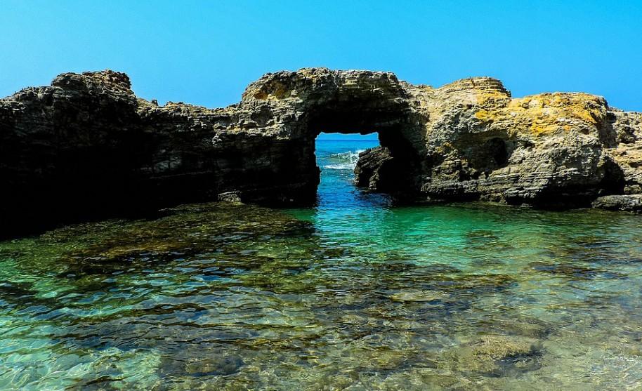 Kos moře pobřeží slunce skály kameny Řecko