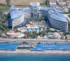 Hotel Crystal Admiral Resort and Spa
