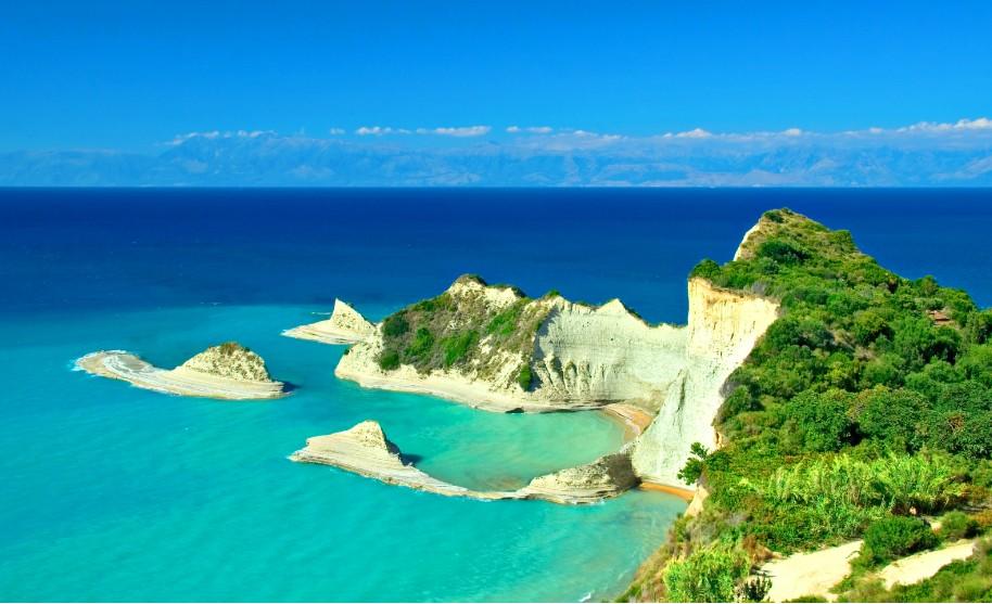 Kanál lásky na Korfu v Sidari Cape Drastis