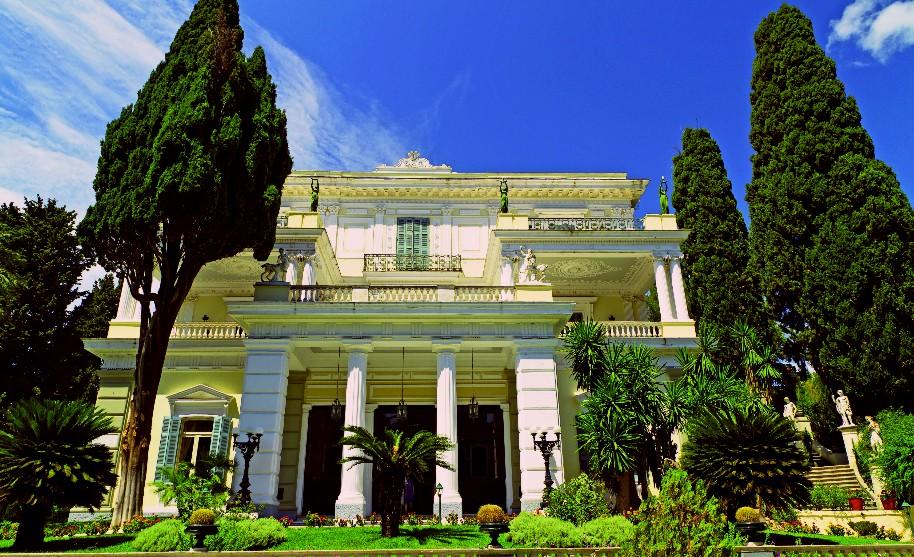 zámeček Achillion na Korfu v Benitses císařovna Sissi