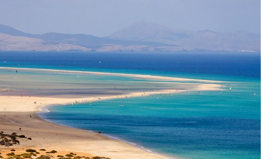 pláž na surfování Playa Sotavento na Fuerteventura