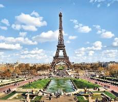Paříž - prodloužené letecké víkendy
