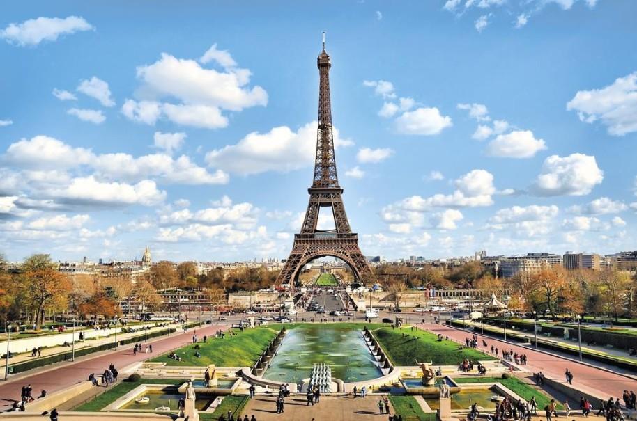Paříž - Prodloužené letecké víkendy (fotografie 1)