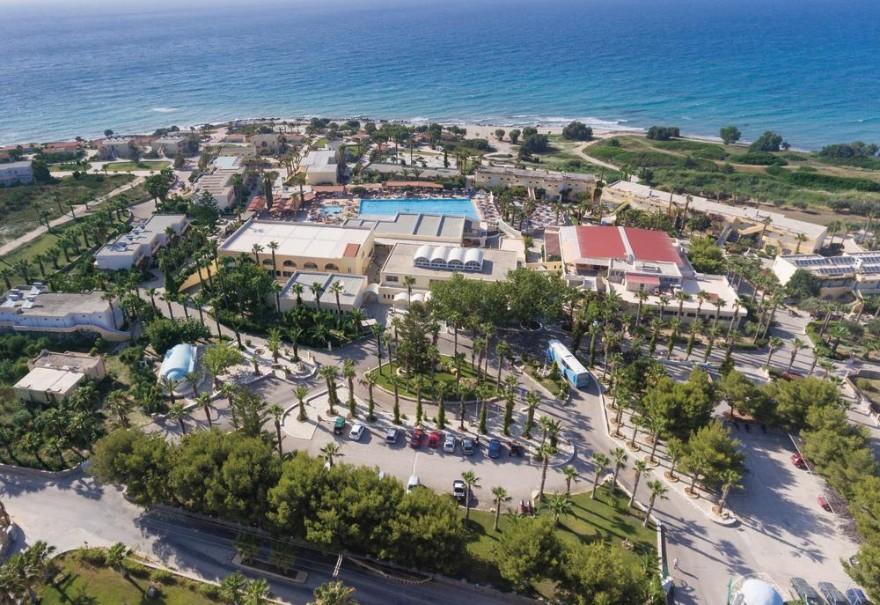 Hotelový komplex Eurovillage Achilleas (fotografie 1)