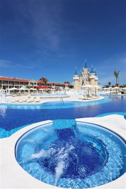 Hotel Luxury Bahia Principe Fantasia (fotografie 7)