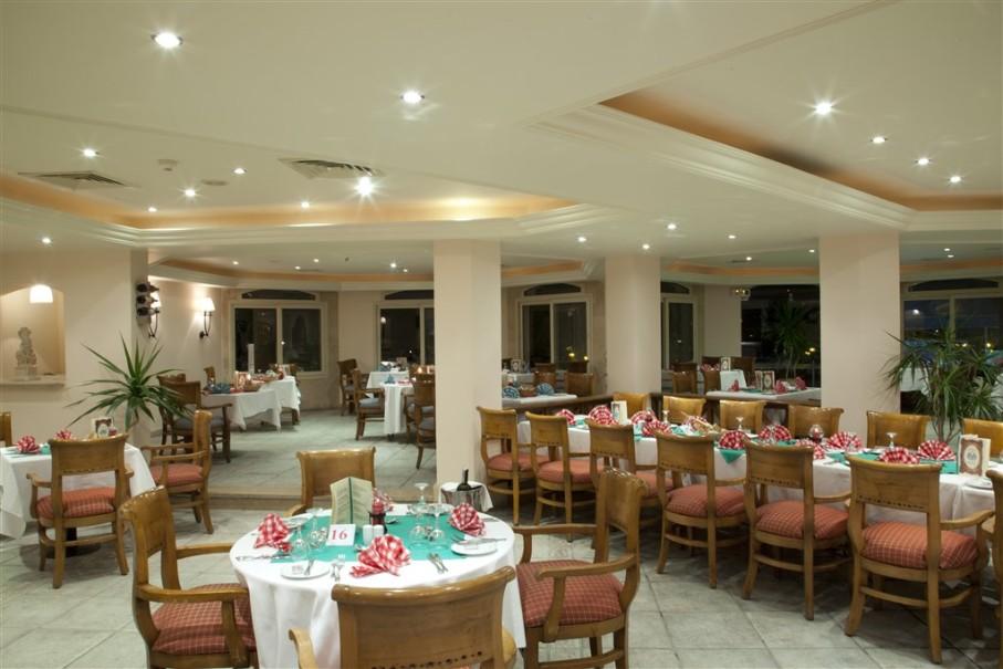 Hotelový komplex Coral Beach Hurghada Resort (fotografie 10)