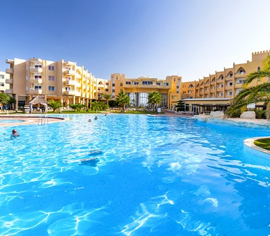 Hotel Skanes Serail & Aquapark (hlavní fotografie)