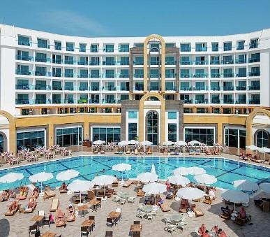 Hotel The Lumos Deluxe Resort