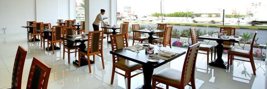 Ramada Beach Hotel Ajman (fotografie 3)