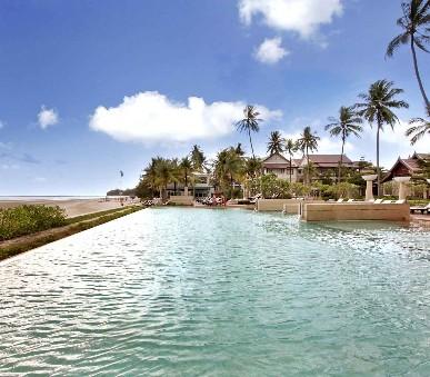 Apsara Beachfront Resort & Villas Hotel