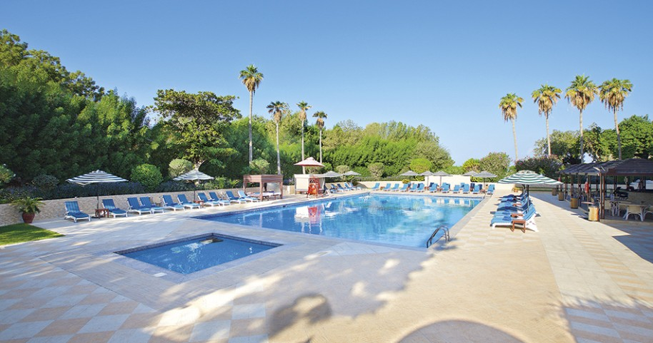 Hotel Bin Majid Beach Hotel (fotografie 1)