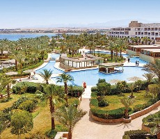 Hotel Fort Arabesque Resort