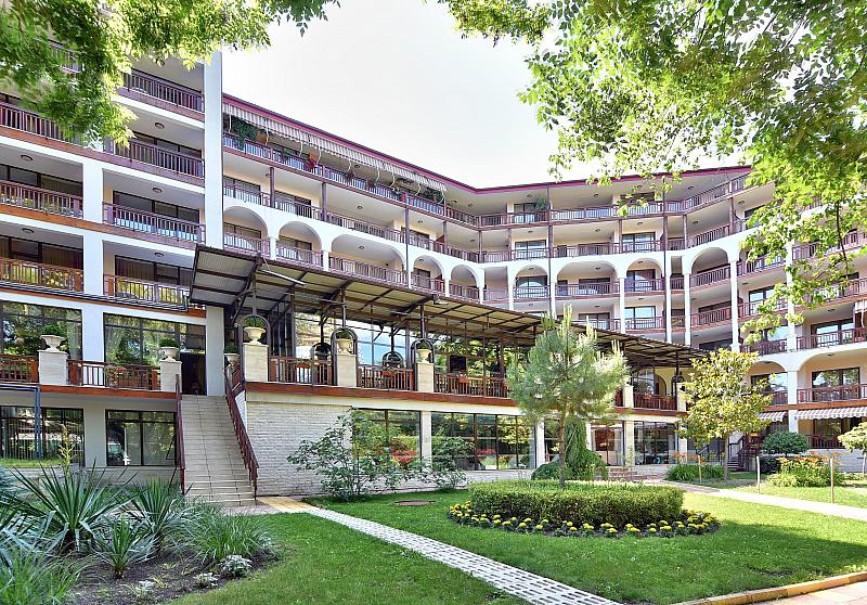 Hotel Estreya Palace (fotografie 1)