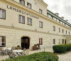 Naturparkhotel Lambrechterhof