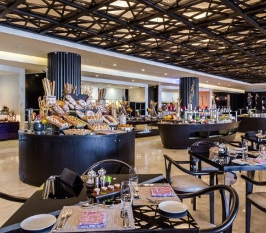 Sofitel Abu Dhabi Corniche Hotel
