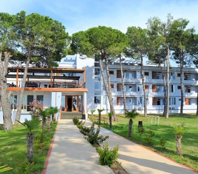 Hotel Divjaka Resort