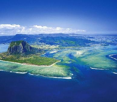 Réunion a Mauricius - Emeraude Beach Attitude 3* - Úžasná turistika s odpočinkem na pláži