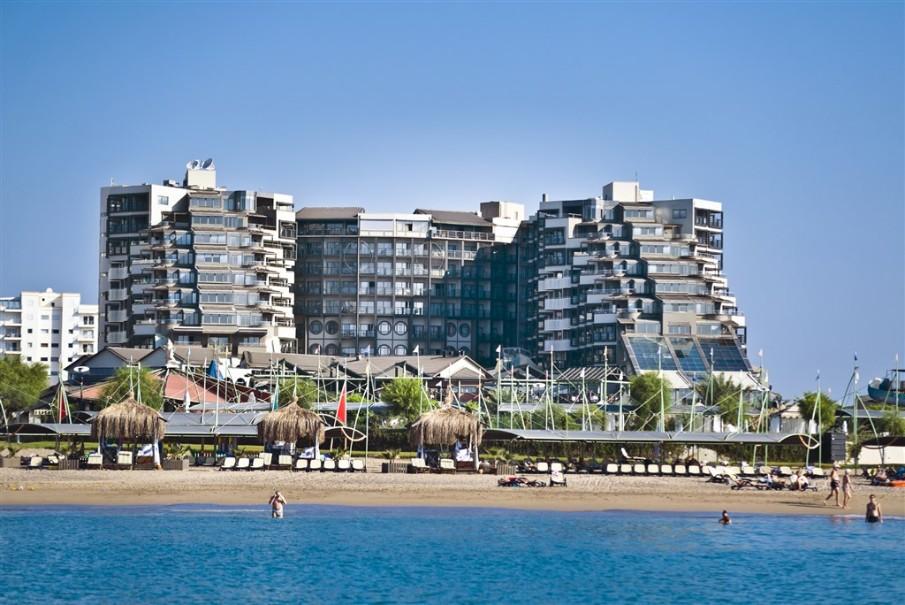 Hotel Limak Lara Deluxe (fotografie 1)