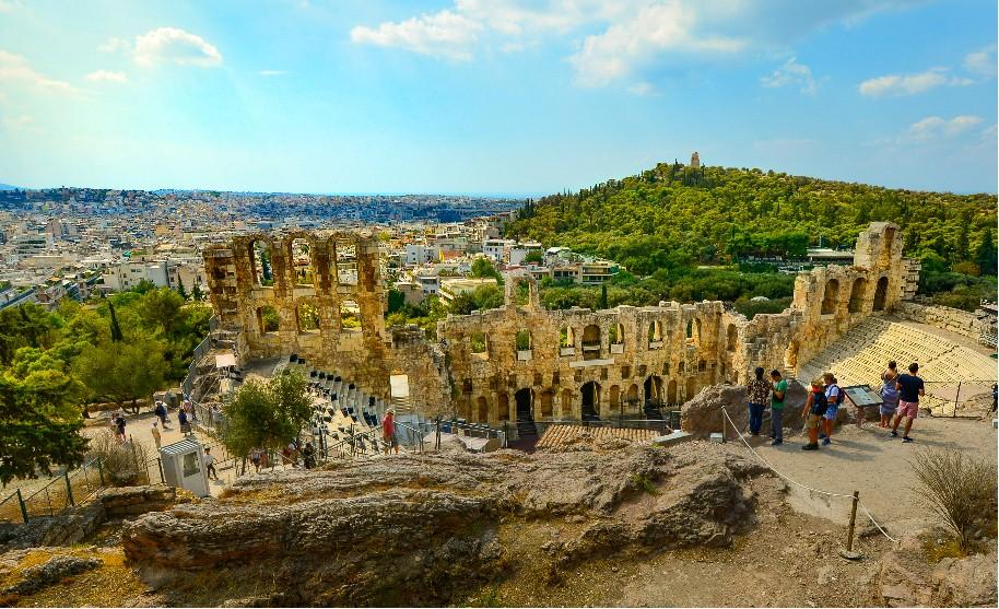 Dionýsovo divadlo v Athénách Akropole velkoměsto Řecka
