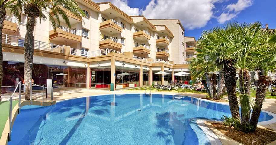 Hotel Illot Suites & Spa (fotografie 1)