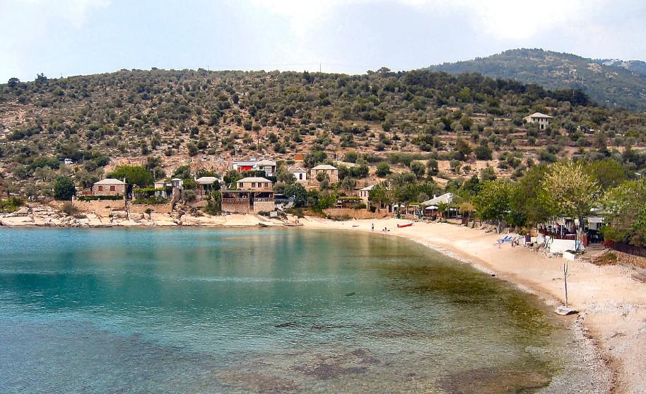 Malá vesnička u pláže na Thassosu