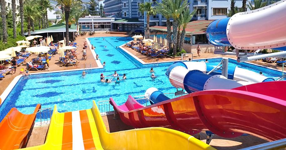 Hotel Caretta Beach (fotografie 1)