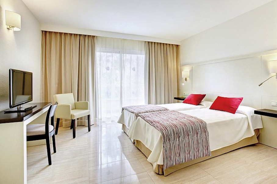 Hotel Grupotel Alcúdia Suite (fotografie 2)