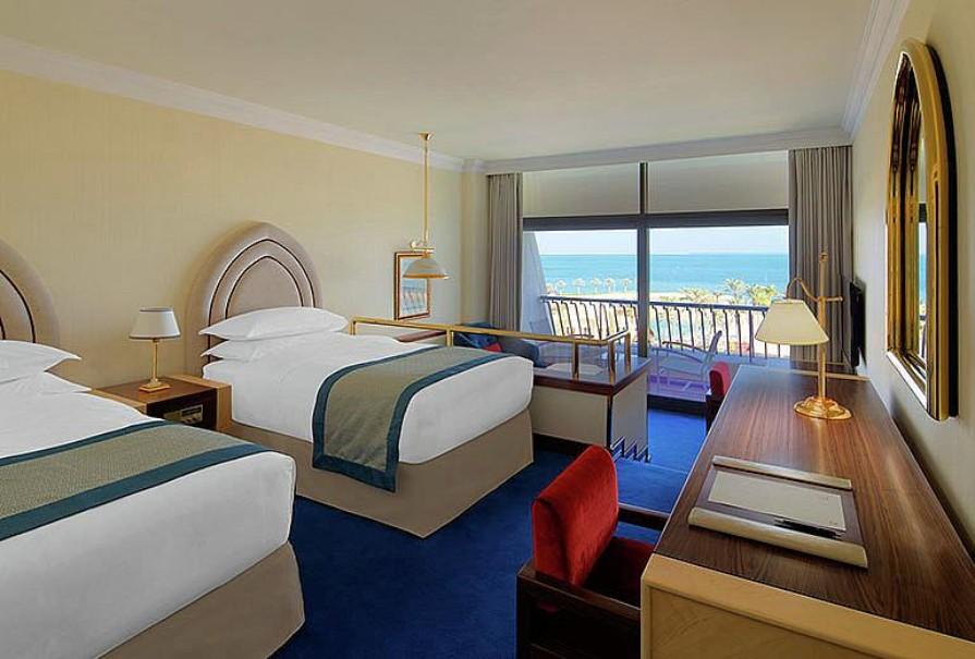 Sheraton Grand Hotel (fotografie 17)