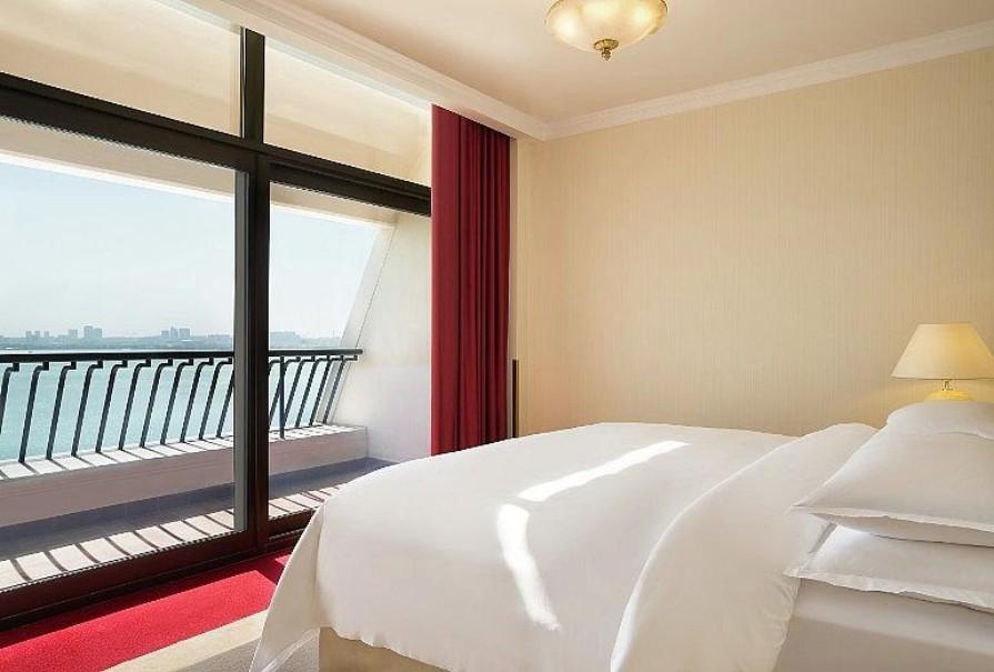 Sheraton Grand Hotel (fotografie 13)