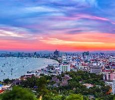Royal Twins Pattaya / Bangkok Palace Hotel