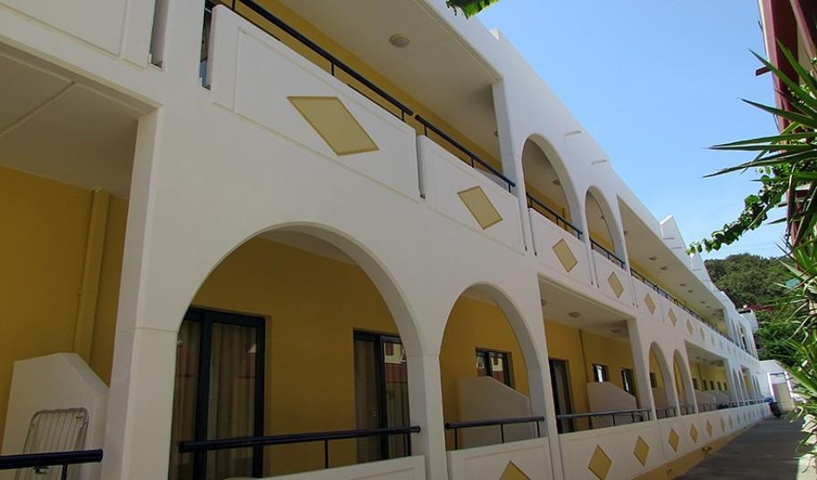 Aparthotel Stegna Star (fotografie 1)