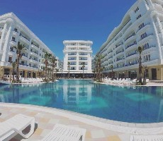 Hotel Fafa Grand Blue Resort