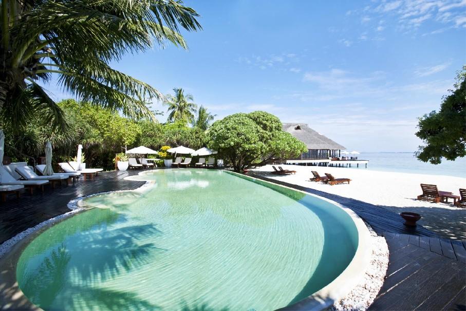 Hotel Adaaran Meedhupparu Resort - Beach Villa (fotografie 1)