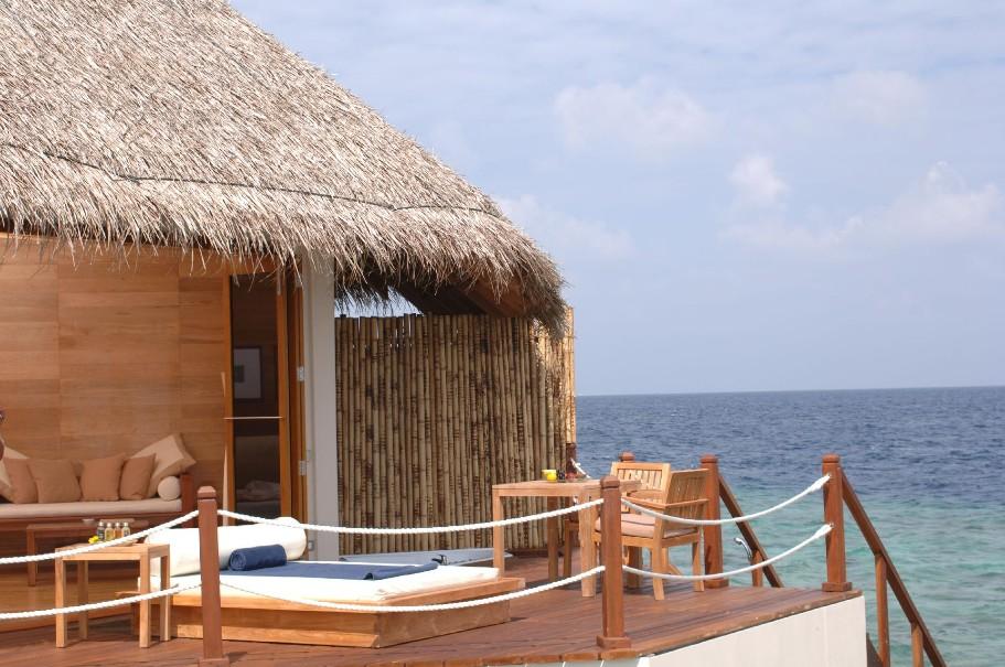 Hotel Adaaran Meedhupparu Resort - Beach Villa (fotografie 7)