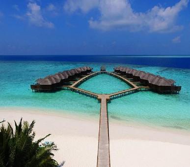 Hotel Fihalhohi Island Resort